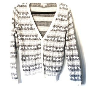 SUPER cute cardigan!